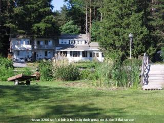 Lake Ontario Lg Waterfront Home Near Salmon River - Sandy Creek vacation rentals