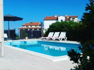 Lovely 50 sq.m apartment with pool. - Liznjan vacation rentals