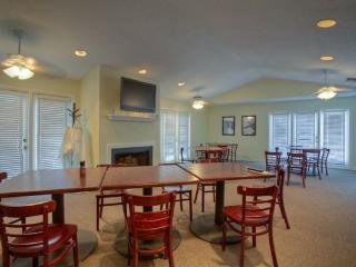 Nice 2 bedroom Apartment in Saint Simons Island - Saint Simons Island vacation rentals