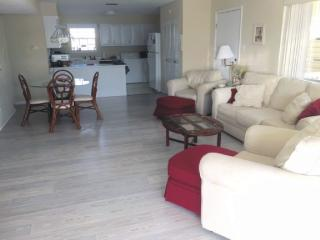 Spacious Condo w/ 2 King Beds and Two Single Beds - Dauphin Island vacation rentals