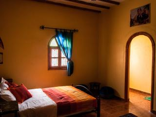 Beautiful Bed and Breakfast in Merzouga with A/C, sleeps 6 - Merzouga vacation rentals