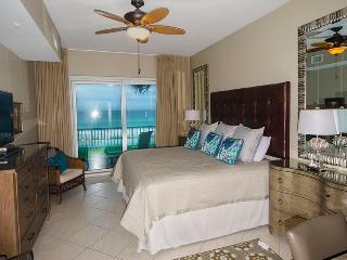 Beach Retreat 202 , Destin, FL, Direct Gulf Views - Destin vacation rentals