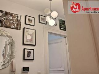 Comfortable 2 Bedrooms Apartment in the Heart of Liege - 7259 - Liege vacation rentals