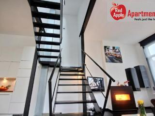 Nice 3 bedroom Condo in Liege with Washing Machine - Liege vacation rentals