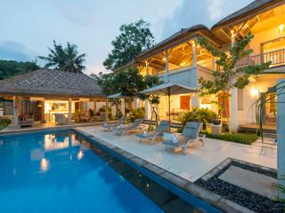 Four bedroom Coral Villa - on Tamarind Beach - Nusa Lembongan vacation rentals