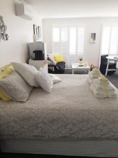 Nice 2 bedroom Bowral House with A/C - Bowral vacation rentals