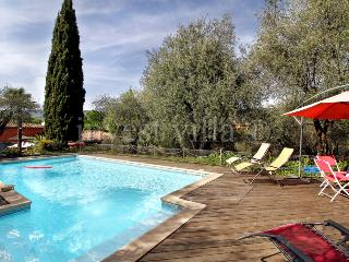 1749 - Lovely Provence farmhouse with pool - Grasse vacation rentals