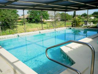 Canal Pool Home - 15 mins from Siesta Key Beach - Sarasota vacation rentals