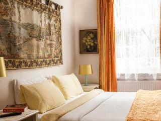 Juliette's B&B - Double or Twin Room - London vacation rentals