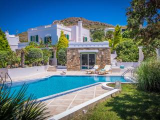 Villa Montana a Secluded Oasis in Naxos Island - Naxos vacation rentals