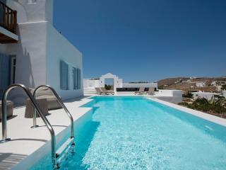 Mykonos - Gv -  Villa La Perla with pool and 3 bedrooms - St. Johns Beach area - Mykonos vacation rentals