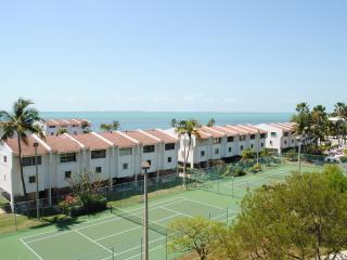 Futura Condo 402 - 28 NIGHT MINIMUM!!!! - Islamorada vacation rentals