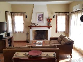 Casa Mistol by Cafayate Holiday - Cafayate vacation rentals