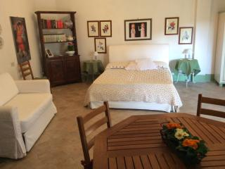 Nice Condo with Parking and Parking Space - Campello sul Clitunno vacation rentals