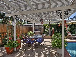 Goleta Bungalow with Pool and Hot Tub – 5 Minutes from Beach – Sleeps 6 - Goleta vacation rentals