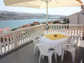 Wonderful Apartment with Internet Access and A/C - Pag vacation rentals