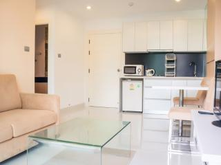 Nice 1-bedroom apartment in Jomtien - Pattaya vacation rentals