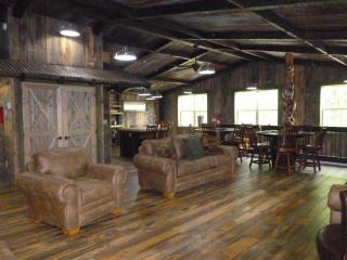 New! Loft Rental with Sauna Next to Portage Lake & - Hancock vacation rentals