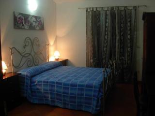 B&B sole e luna Capo Vaticano - Camera 3 - San Nicolo di Ricadi vacation rentals