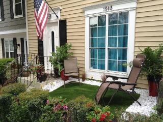 Private Room and Bath in Charming North Atlanta - Atlanta vacation rentals