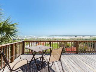 Sun and Tan Beach House, 4 Bedrooms, Beach Front. Sleeps 12 - Vilano Beach vacation rentals