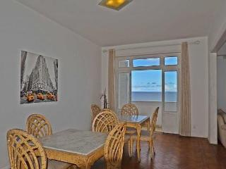 Beautiful Apartment Four Bedroom Ocean Front View #405 Q405 - Rio de Janeiro vacation rentals