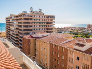 2 bedroom apartment in La Mata - La Mata vacation rentals