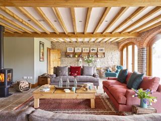 The Barns at Upper House, Stables; Sleeps 13 Family & Dog  Friendly, Hot Tub - Lyonshall vacation rentals