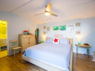 Sunrise Cottages Hawaii/ The Mariner Room - Pahoa vacation rentals