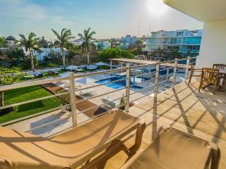 Ocean View 2 Bedroom at Magia Playa - Playa del Carmen vacation rentals