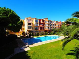 0054-GRAN RESERVA Apartamento con piscinas comunitarias - Empuriabrava vacation rentals