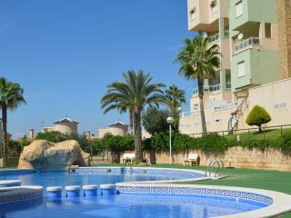 Nice Condo with A/C and Washing Machine - Cabo de Palos vacation rentals