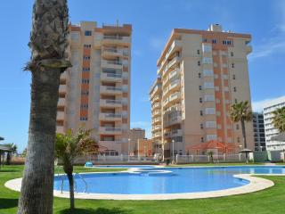 Lovely 1 bedroom Condo in La Manga del Mar Menor with Elevator Access - La Manga del Mar Menor vacation rentals