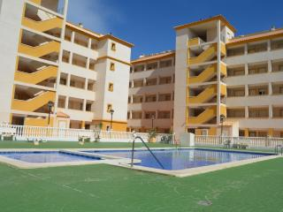 Lovely Condo with A/C and Washing Machine - Mar de Cristal vacation rentals