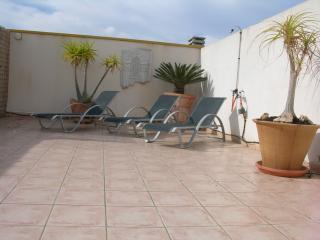2 bedroom Condo with A/C in Mar de Cristal - Mar de Cristal vacation rentals