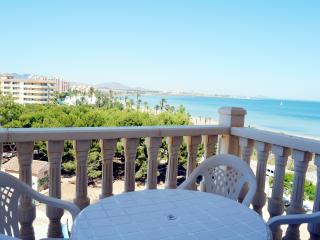 Nice Condo with Internet Access and A/C - Playa Paraiso vacation rentals