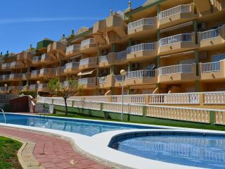 Beautiful 2 bedroom Condo in La Manga del Mar Menor with A/C - La Manga del Mar Menor vacation rentals