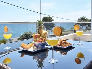 Villa luXap apartment 1 near Split luxus 5 person - Podstrana vacation rentals
