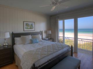 2-BR Luxury Beachfront Condo on Anna Maria Island - Holmes Beach vacation rentals