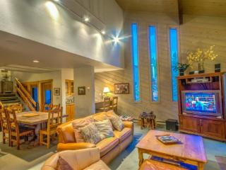 3 bedroom House with Shared Outdoor Pool in Steamboat Springs - Steamboat Springs vacation rentals