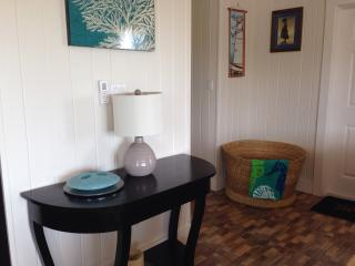 Cozy 2 bedroom House in Gregory Town - Gregory Town vacation rentals