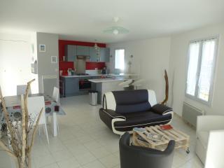 Ile de Ré maison 60m² tt confort rénovée 2ch 4p - Rivedoux-Plage vacation rentals