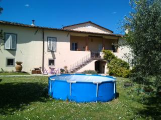 3 bedroom House with Internet Access in Ponte a Moriano - Ponte a Moriano vacation rentals