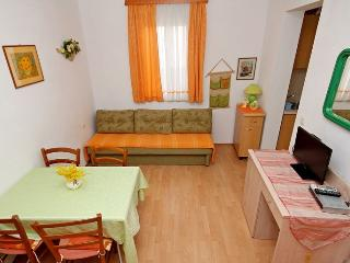 TH03463 Apartments Vlasta / A3 ORANGE One Bedroom - Drasnice vacation rentals