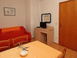 TH03463 Apartments Vlasta / A4 MENTA One Bedroom - Drasnice vacation rentals