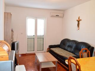 TH01303 Apartments Anto / Two Bedrooms A3 - Povljana vacation rentals