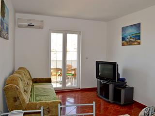 TH01303 Apartments Anto / Two Bedrooms A4 - Povljana vacation rentals