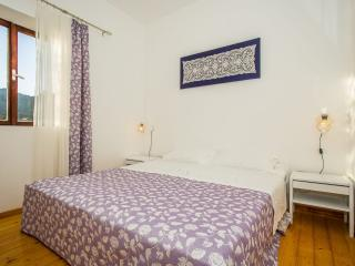 TH03535 Apartments Robert / Two Bedrooms A2 - Prigradica vacation rentals