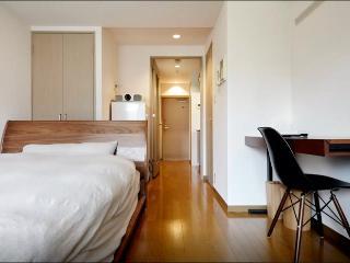BIG BRAND BED&BEST AUDIO Shinjuku_1 - Shinjuku vacation rentals