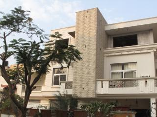Spacious 5 bedroom Bed and Breakfast in Jaipur - Jaipur vacation rentals